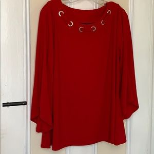 Red New Directions top